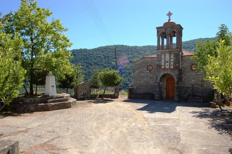 Βλέπετε φωτογραφίες από : Εκκλησίες